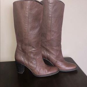 Michael Kors Size 6.5 Brown Boots